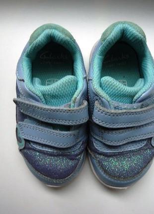 Яркие кроссовки clarks размер 20