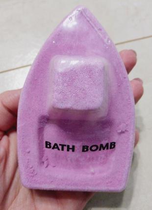 Бомбочка-кораблик для ванной