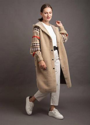 Пальто альпака клетчатое бежевое
