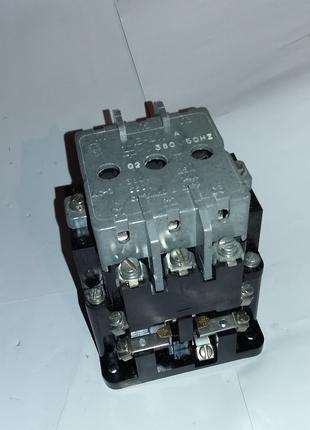 Магнитный пускатель ПМЕ 211 220В, 110В