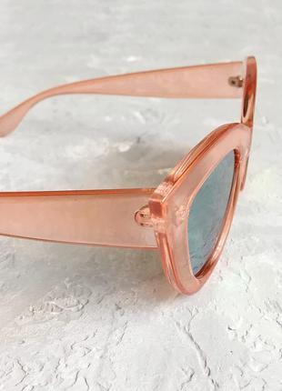 Солнцезащитные очки кошечки с розовой прозрачной оправой