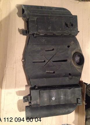 Корпус  воздушного фильтра мерседес W220 S500 M113