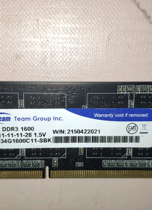 TEAM 4 GB SO-DIMM DDR3 1600 MHz (TED34G1600C11-SBK)