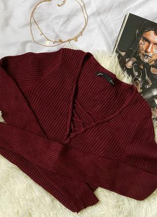Пуловер в винном цвете в рубчик