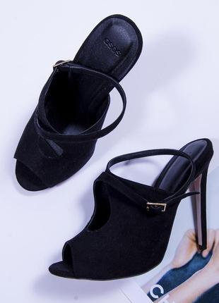 Черные туфли на высоком каблуке, замшевые туфли с открытым нос...