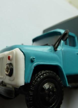 ГАЗ 53 Продукты Производитель: Компаньон Масштаб: 1/43