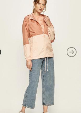 Куртка ветровка columbia.