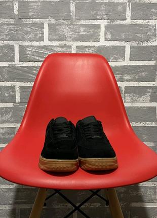 Nike Air Force 1 Low Suede Black Gum.