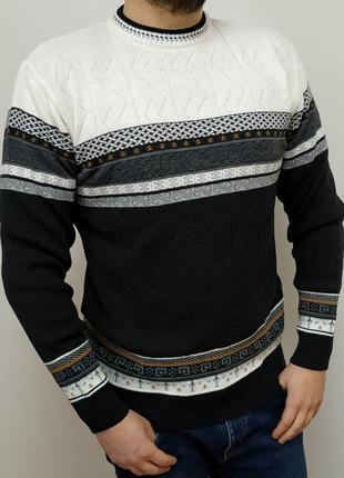 Стильный, мужской, мягкий, классический, теплый свитер с шерстью.