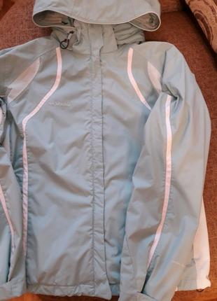 Куртка фирмы Коламбия
