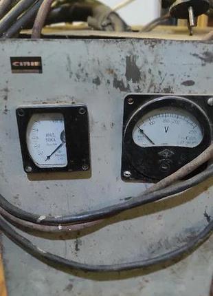 Пуско-зарядное устройство 12V/6А