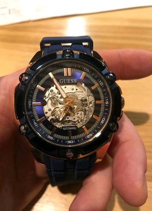 Часы мужские GUESS Новые