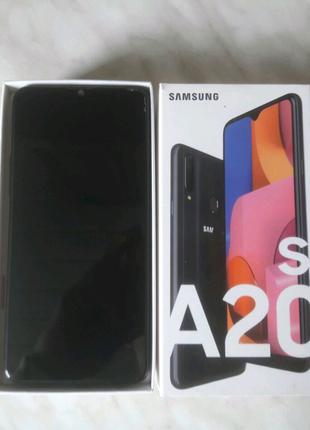 Samsung Galaxy A20S 2019 3/32GB Чёрный