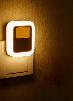 Светодиодный ночник светильник LED лампа с датчиком движения 220в