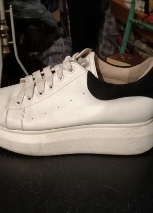 Продаю разную обувь
