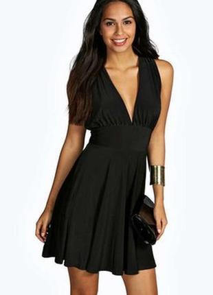 Очень красивое платье, размер xs, , приятное к телу, состояние...