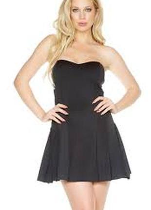 Очень красивое платье, размер m, , приятное к телу, состояние ...