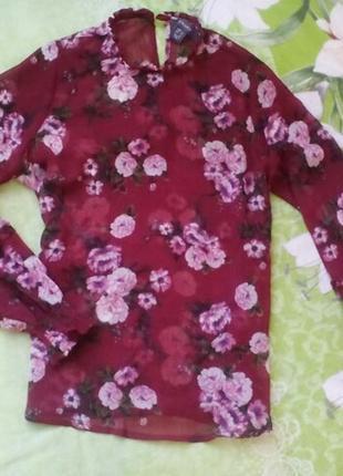 Фантастическая блузка марсала  в цветы