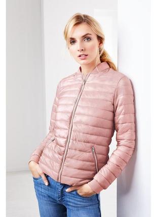 Розовая стеганая куртка демисезонная курточка