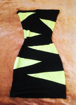 Платье - любимый наряд дам, которые обладают недюжинной интуиц...