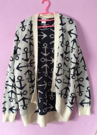 Тёплый уютный свитер с якорями интересная расцветка