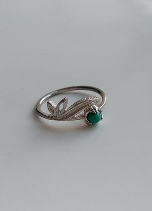 Кольцо серебро с бирюзой 17 р