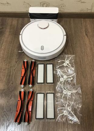 Робот-пылесос Xiaomi vacuum cleaner