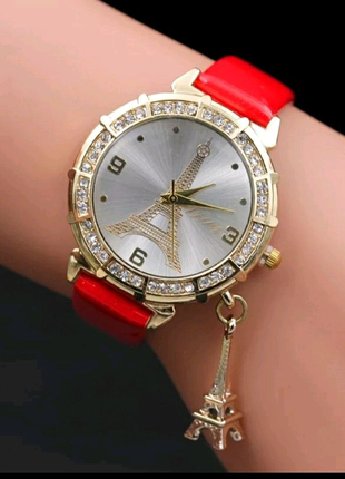 Часы наручные с Эйфелевой башней