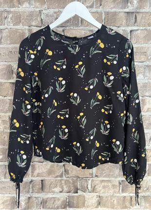 Блуза з віскози h&m, розмір s, квітковий прінт🔥