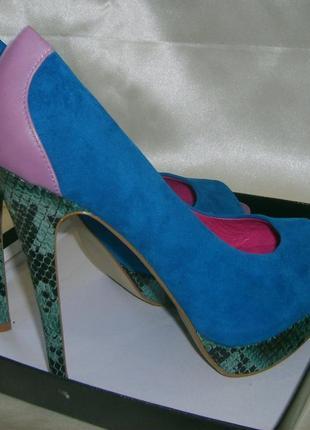 Летние женские туфли на высоком каблуке и платформе