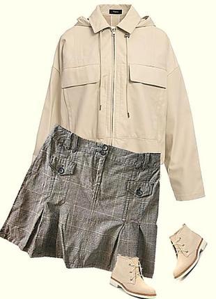 Модная юбка плотная ткань