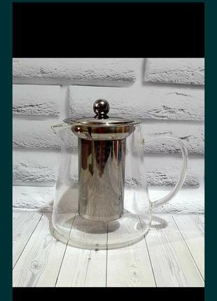 Чайник с крышкой и нержавеющим фильтром .