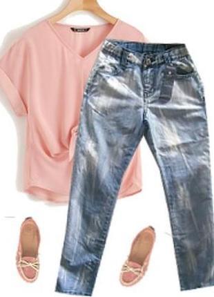 Легкие модные джинсы для девочки