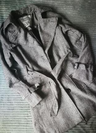 Стильное классное пальто, тренч