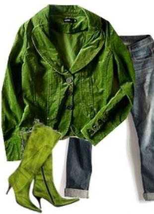Стрейчевый бархатный пиджак