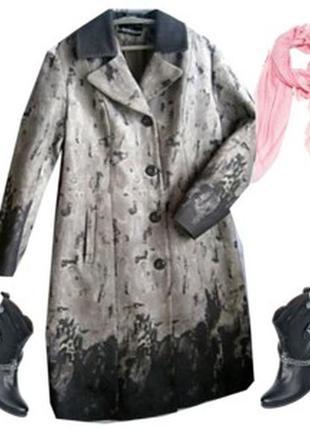 Деми пальто с принтом размер 50-52 бренд liardi