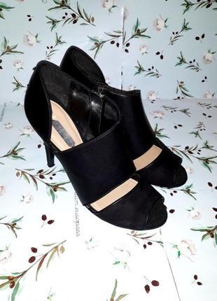 Акция 1+1=3 шикарные черные кожаные босоножки на каблуке dorot...