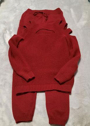 Костюм свитер и брюки,  размер  42-46