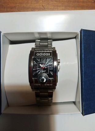 Кварцевые наручные часы. Adidas.