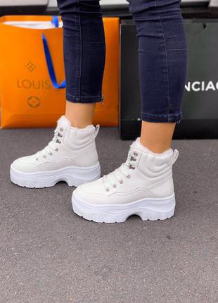 Женские ботинки buf white