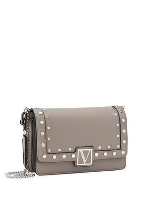 Пижамки и сумочки от Victoria's Secret