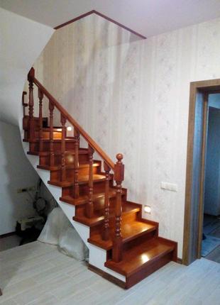 Деревянная лестница Киев дерев'яні сходи Київ