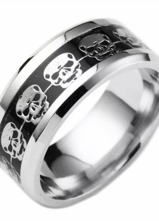 Кольцо на Палец с Черепами