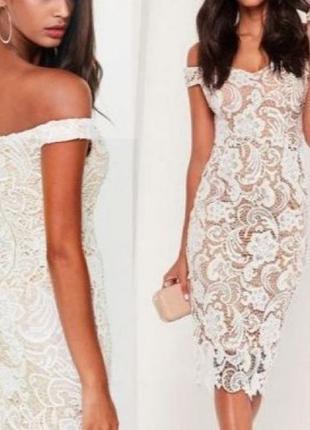 Футляр платье от missguided  кружевное с открытым плечами