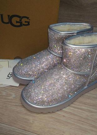 Угги ботинки снегоходы женские сваровски стразы ugg australia....