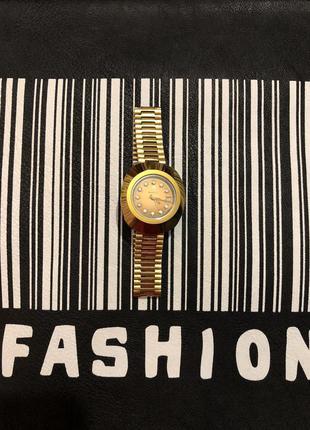 Оригинальные швейцарские часы rado с драгоценными камнями...🔥💋❤️