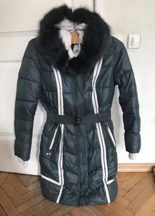 Зимняя куртка темно зеленая дутик женская на синтепоне