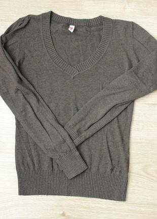 Тоненький свитерок