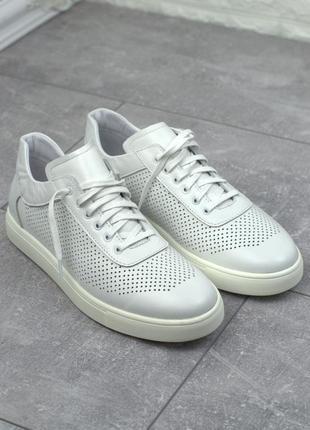 Легкие кроссовки кожаные белые женская обувь больших размеров ...