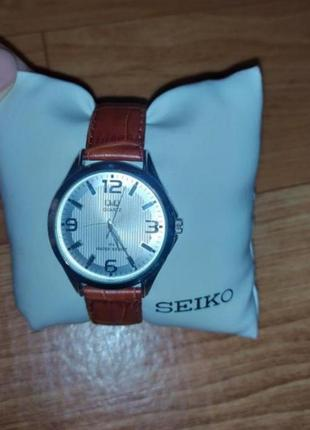 Часы кожаный ремешок qsq